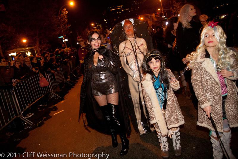 NYC_Halloween_Parade_2011-6543.jpg