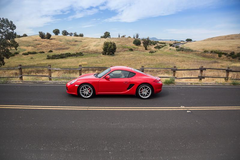 Porsche_CaymanS_Red_8CYA752-3145.jpg