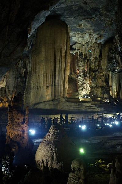 2011-01-03_paradise_cave_copyright_David_Brewster_2011-01-03_2332_DJB_rights_reserved.jpg