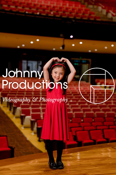 0109_day 1_SC junior A+B portraits_red show 2019_johnnyproductions.jpg