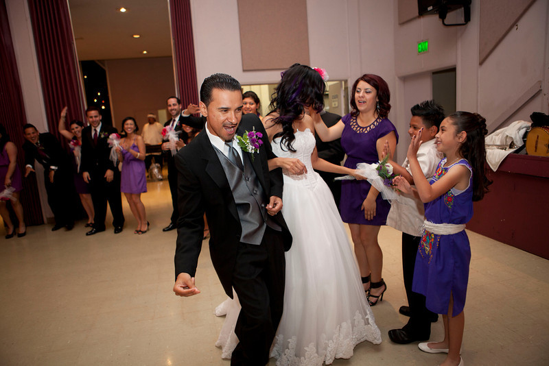 2011-11-11-Servante-Wedding-347.JPG