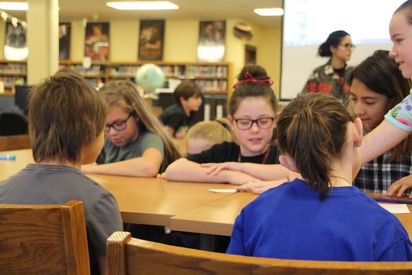 Deerpark students lead Pond Springs enrichment activity