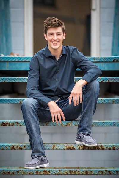 Cole Senior photo-19.jpg