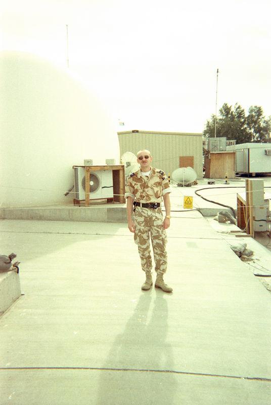 2000 12 20 - Last photos in Kuwaut 03.jpg