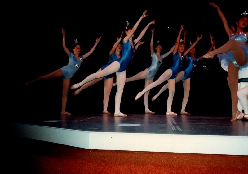 Dance_0013_b.jpg