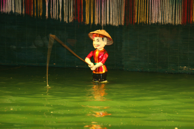 Vietnam - ethonology museum and water puppet show 203.jpg