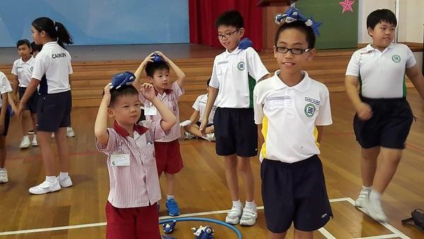 K2 children met their P4 buddies at Opera Estate Primary