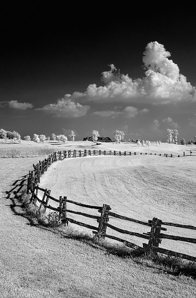 fence and clouds_3268.jpg