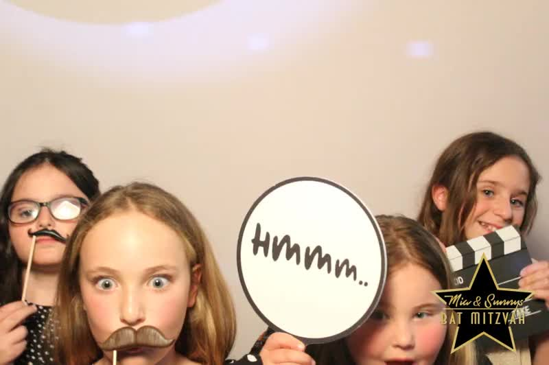 181118 Mia and Sunnys Bat Mitzvah 0147.MP4
