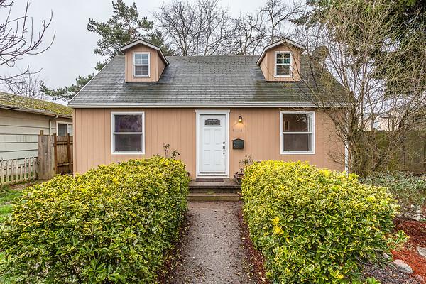 9004 SE Pine, Portland OR