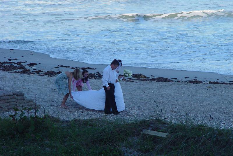 sunset_wedding_Norwood_Ave_008.jpg