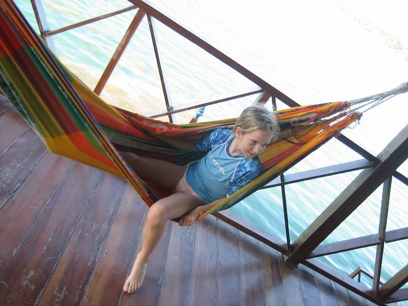 2006-02-21-0042-Thompson Family Adventures trip to Panama with Hahns-Day 4-Bocas del Toro, Salt Creek-Elaine.JPG