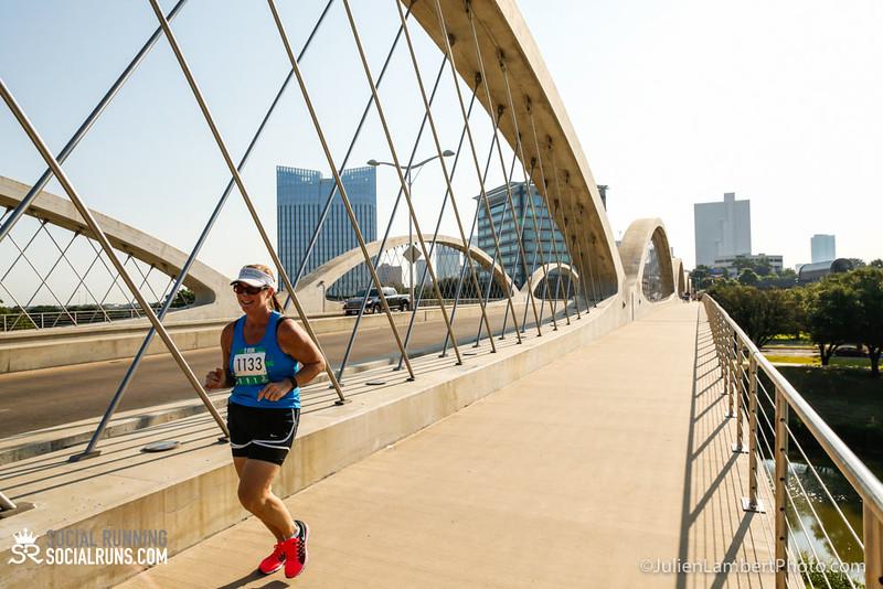 Fort Worth-Social Running_917-0315.jpg