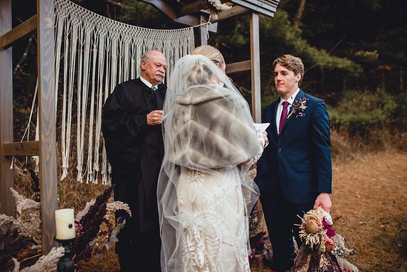 Requiem Images - Luxury Boho Winter Mountain Intimate Wedding - Seven Springs - Laurel Highlands - Blake Holly -1045.jpg