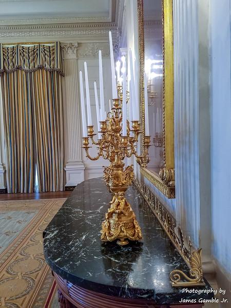White-House-Tour-120618.jpg