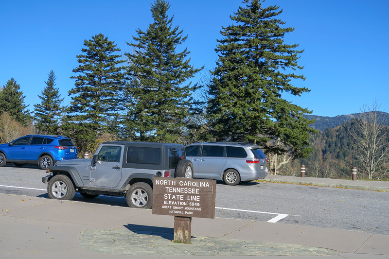 Newfound Gap Parking Area/Trailhead -- 5,046'