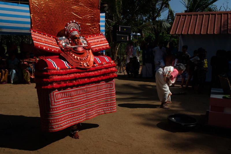 Cheerangatu Bagavathy Theyyam
