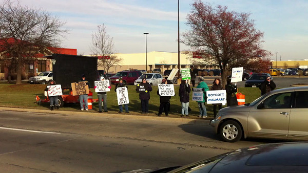 Northern Illinois Jobs with Justice demonstrates at Walmart on Route 59 in Naperville, Ill 11-29-13