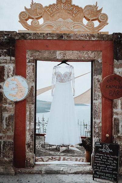 Tu-Nguyen-Wedding-Photography-Videography-Hochzeitsfotograaf-Engagement-Santorini-Oia-Greece-Thira-5.jpg