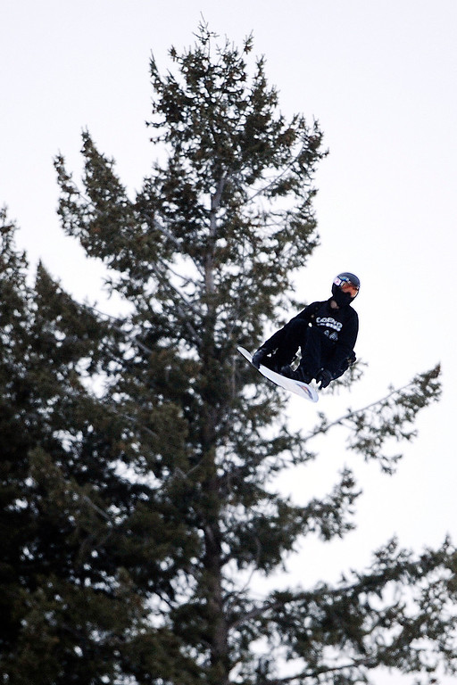 . ASPEN, CO. - JANUARY 24: Shaun White grabs some air during the men\'s Snowboard Slopestyle elimination. Men\'s Snowboard Slopestyle elimination X Games Aspen Buttermilk Mountain Aspen January 24, 2013. (Photo By AAron Ontiveroz / The Denver Post)