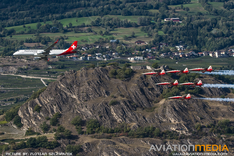Helvetic & Swiss Air Force / Embraer E190LR & Northrop F-5E Tiger II / HB-JVP & Patrouille Suisse / Sion Airshow Formation