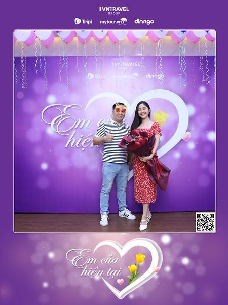 VNTravel HCMC | Women's Day instant print photo booth | Chụp ảnh in hình lấy ngay Quốc tế Phụ Nữ 8/3 | Photobooth Ho Chi Minh City