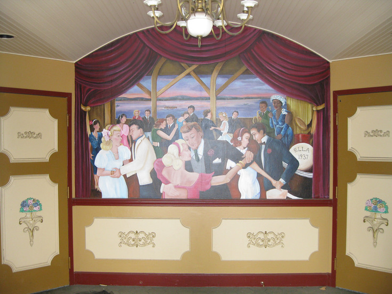 Dancehall Theater mural.