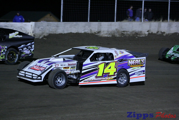 USMTS Junction Motor Speedway McCool Juntion, NE 3-6-09 modified b's