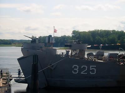 USS L.S.T. (09-06-08)