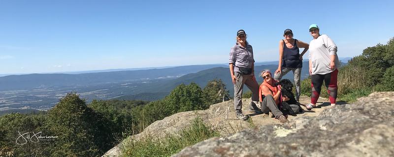 at hike-9093.jpg