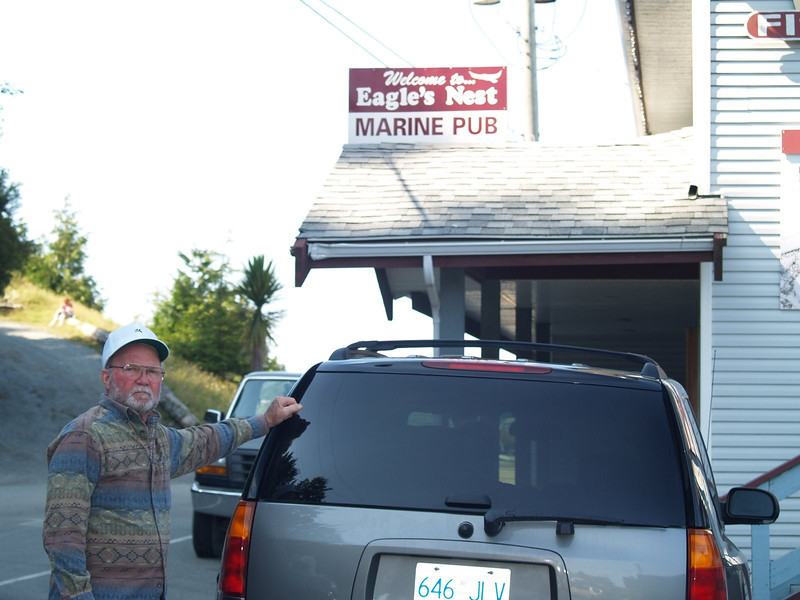 Lunch at Eagles Nest Pub in Ucluelet
