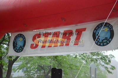 Half Marathon Start - 2013 Charlevoix Marathon