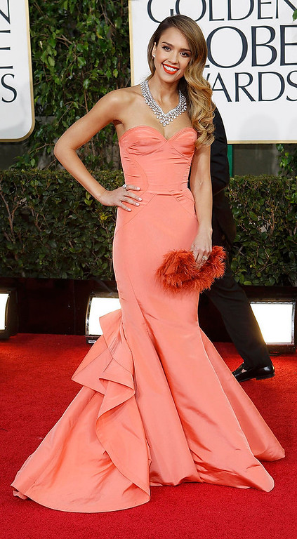 . Actress Jessica Alba arrives at the 70th annual Golden Globe Awards in Beverly Hills, California, January 13, 2013.  REUTERS/Mario Anzuoni