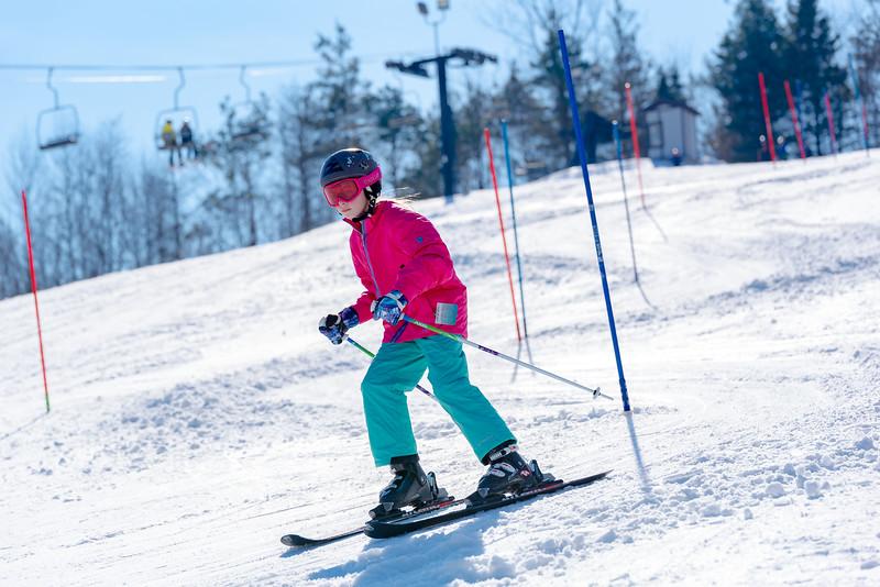 Standard-Race_2-3-18_Snow-Trails-73498.jpg
