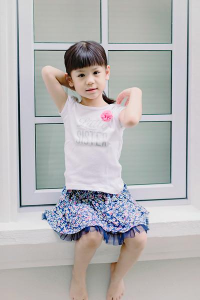 Lovely_Sisters_Family_Portrait_Singapore-4439.JPG