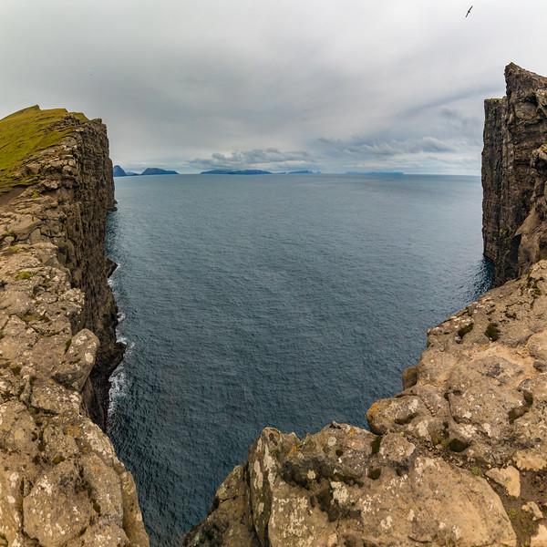 Faroes_5D4-4092-Pano.jpg