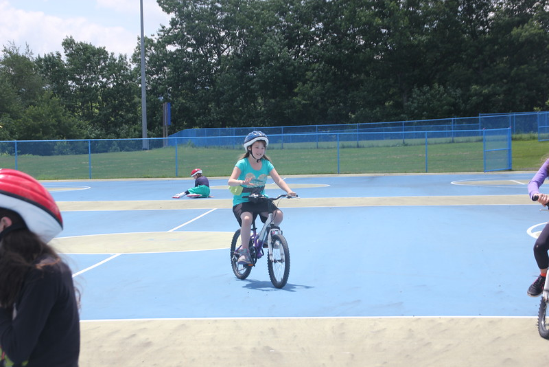 kars4kids_thezone_camp_GirlDivsion_activities_sports_RollerBlading_Biking (21).JPG