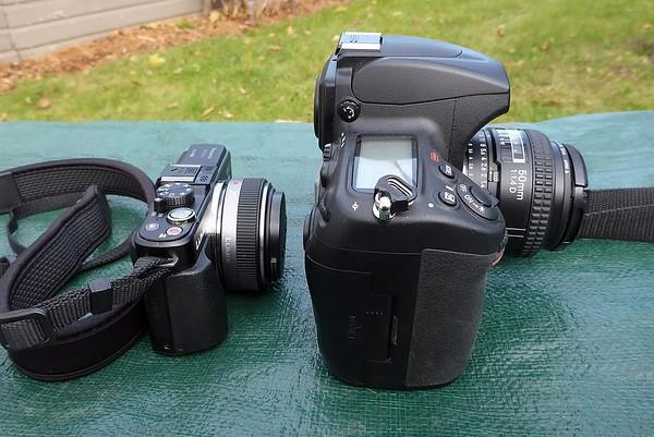 Panasonic MFT vs Nikon 35mm Full Frame DSLR