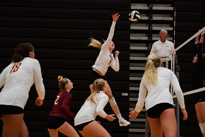 Ankeny Hawkettes Volleyball at Centennial Invite 08282021