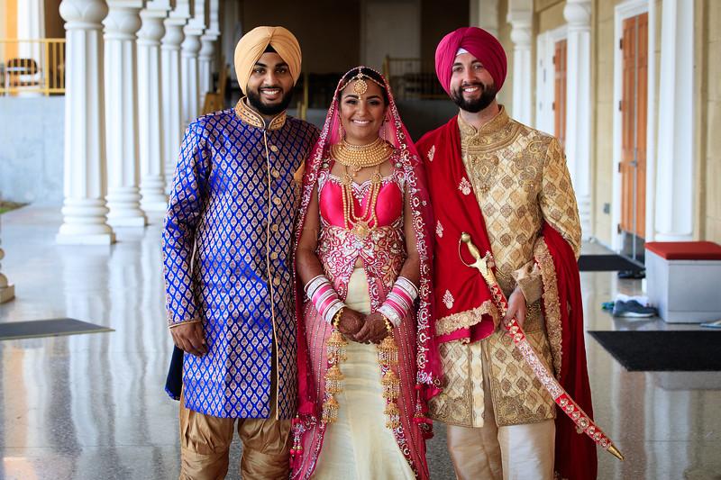 Neelam_and_Matt_Gurdwara_Wedding-1580.jpg