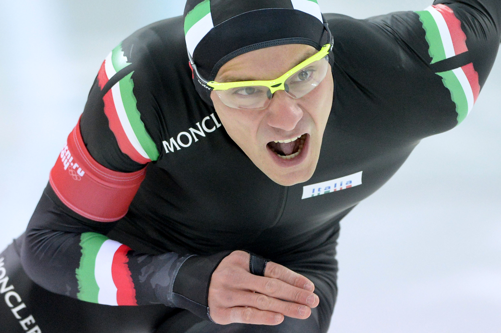 . Italy\'s Mirko Nenzi competes in the Men\'s Speed Skating 1000 m at the Adler Arena during the Sochi Winter Olympics on February 12, 2014.  (ANDREJ ISAKOVIC/AFP/Getty Images)