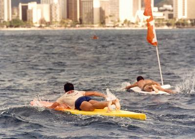 8th Annual Waikiki Winter Ocean 10K PB Race 12-28-1985