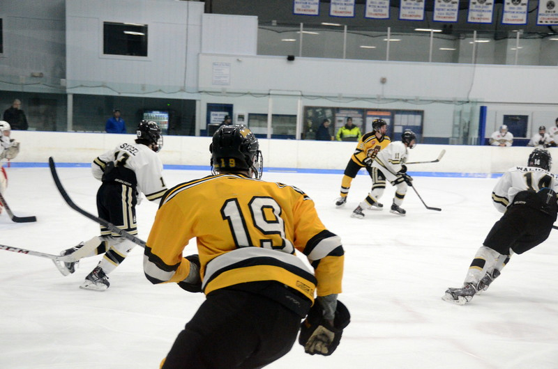 150103 Jr. Bruins vs. Providence Capitals-038.JPG