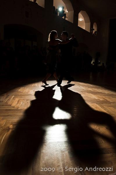 Black Milonga: Diego and Angi performing