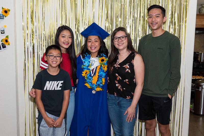 20190602_jenny-hs-graduation_017.JPG
