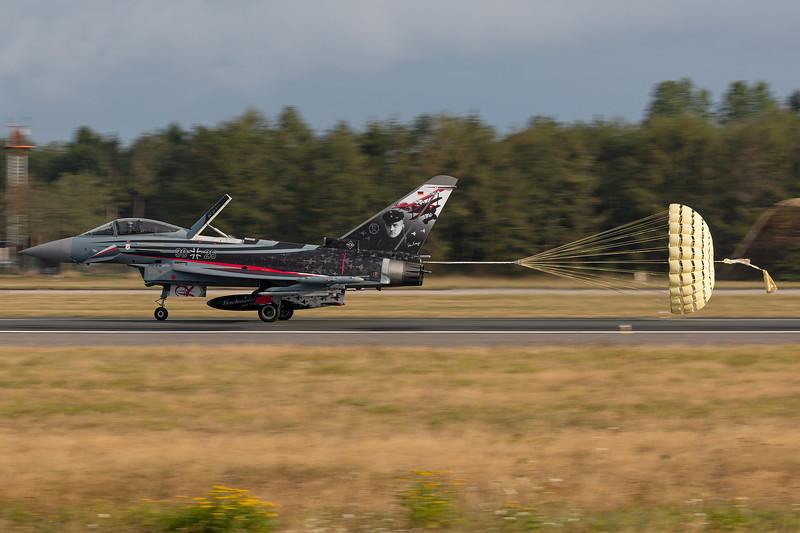 German Air Force / Eurofighter Typhoon EF2000 / 30+25