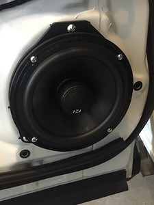 2015 Subaru Forester XT Turbo Rear Door Speaker Installation - USA