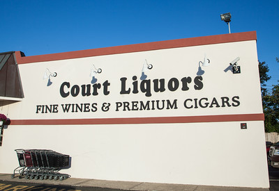 Court Liquors Interiors