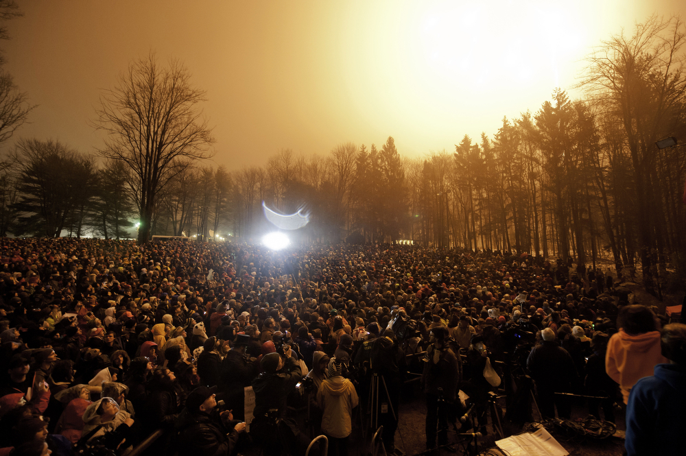 . The crowd gathers during the Groundhog Day festivities where Punxsutawney Phil saw his shadow predicting six more weeks of winter during 128th annual Groundhog Day festivities on February 2, 2014 in Punxsutawney, Pennsylvania. (Photo by Jeff Swensen/Getty Images)