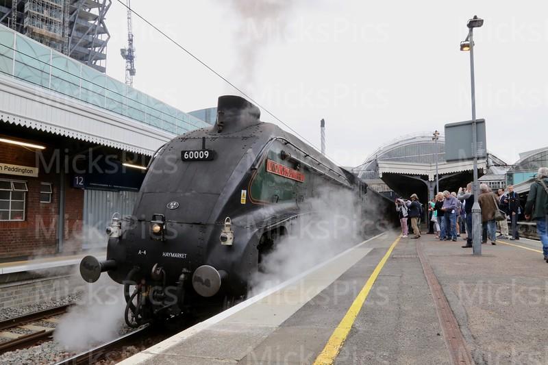 A4 class steam train leaving Paddington